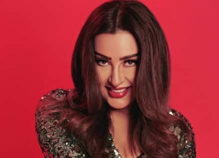 لطيفة تكشف عن مفاجأتها الفنية الجديدة وتعاون مع ثنائي تونسي