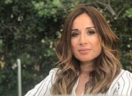 """كارين رزق الله لإبنتها: """"انت ممثلة من الطراز الرفيع"""""""