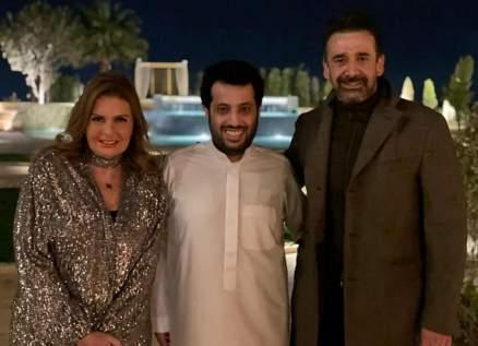 تركي آل الشيخ يجتمع بـ يسرا وكريم عبد العزيز.. فماذا كُشف عن هذا اللقاء؟
