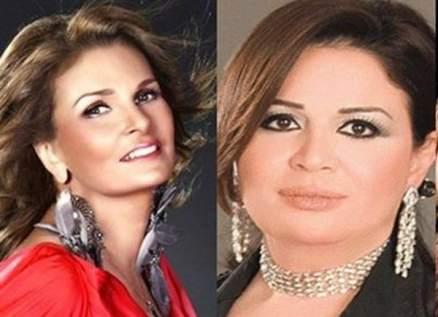 يسرا وإلهام شاهين متأثرتان في جنازة حسني مبارك-بالصور