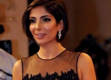 منى زكي تعايد ياسمين عبد العزيز على طريقتها الخاصة