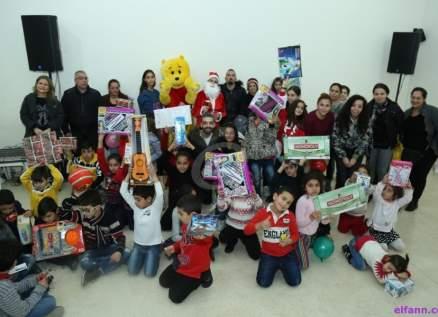 منير خليفة يغني لأطفال جمعية Libami وهذا ما كان يطلبه من بابا نويل