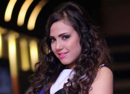 إيمي زكريا تقول بحزن إن والدها سيبقى حبيبها الأول