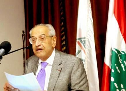 وفاة الصحافي والأديب اللبناني جان كميد