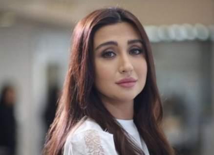 """جيسي عبدو بأول تعليق لها على وفاة والدها: """"كارثة كسرتلي ظهري"""""""