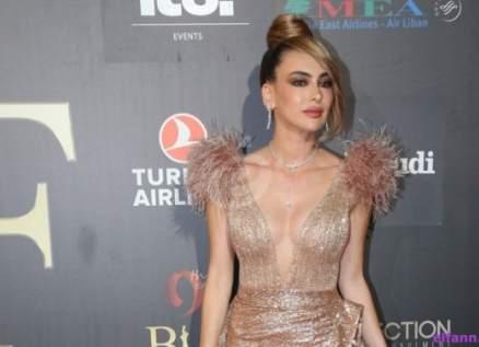 غابرييل سيرجي: ستيفاني صليبا أجمل من السنة الماضية..وهذا التّصميم توقفوا عن إرتدائه