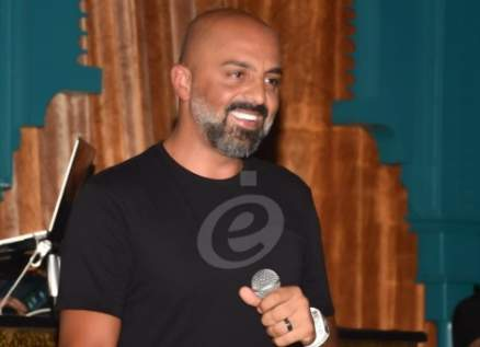 خاص وبالصور- مجد موصللي يتحدى الظروف الصعبة في بيروت بهذا الحفل