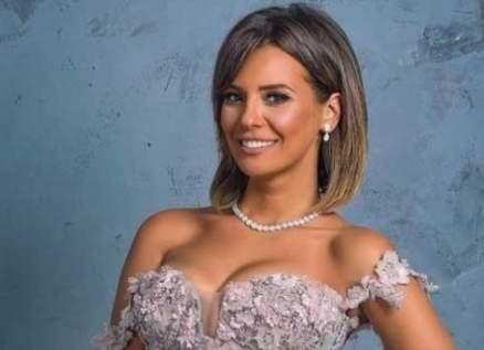 إيمان العاصي حديث متابعيها بعد إطلالتها - بالصور