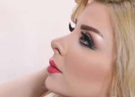 """ملكة جمال سورية والعرب نادين فهد تغني """"بيروت موجوعة""""-بالفيديو"""