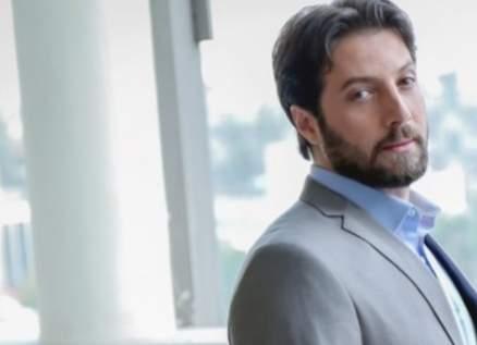 محمد الأحمد يكشف حقيقة زواجه-بالفيديو