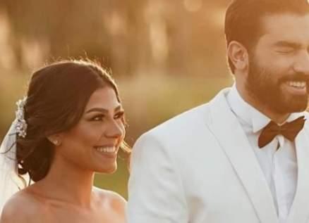 حازم إيهاب يعايد زوجته بعيد ميلادها.. وهكذا وصفها – بالصورة