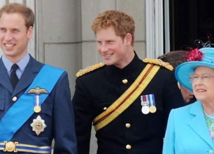 الأمير ويليام يرفض إهانة الملكة ولن يسامح الأمير هاري وميغان ماركل