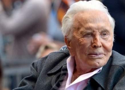 وفاة الممثل الأميركي كيرك دوغلاس عن عمر 103 أعوام