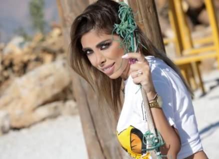 رولا شعيب بدايتها الفنية كانت مع تامر حسني وتقدّم أغنية الـ Cover على طريقتها