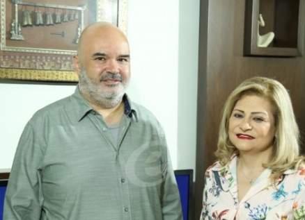 خاص بالفيديو- غسان شرتوني يكشف سر نجومية ناصيف زيتون وهذه حقيقة توقيعه عقداً مع إليسا