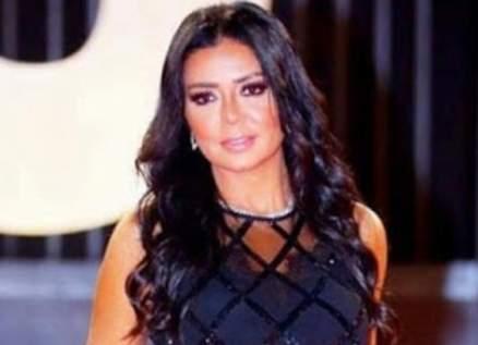 رانيا يوسف تسحر متابعيها بطلتها - بالصور