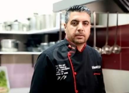 """خاص وبالفيديو- الشيف محمد عبد المنعم يحضر أشهى """"محشي كوسا باللبن"""" وهذا الحجم المفضل للكوساية"""