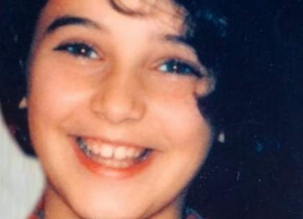 خمنوا من هي هذه الممثلة السورية الشهيرة؟