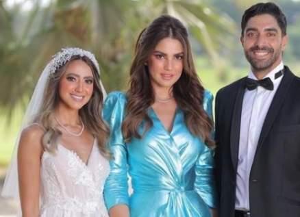هند عبد الحليم بفستان مناسب لأجواء حفل زفافها..ودرة أكثر المدعوات تألقاً