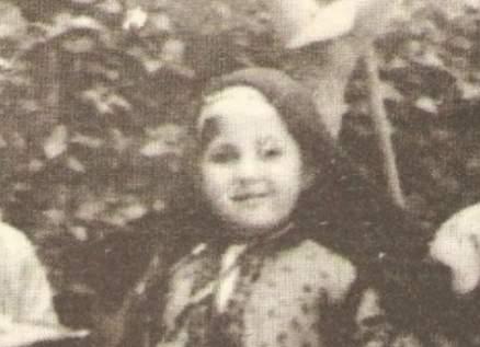 هذه الطفلة هي ممثلة مصرية قديرة