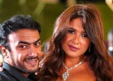 أحمد العوضي يردّ على أخبار إنفصاله عن ياسمين عبد العزيز-بالصورة