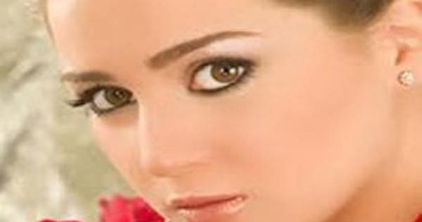 مي عز الدين تعيش قصة حب مع أحد زملائها