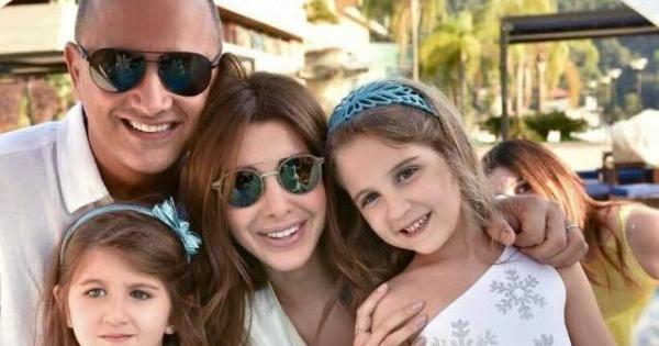 """بالصورة.. نانسي عجرم بإطلالة مميزة في عيد ميلاد """"ميلا و ايلا&quot"""