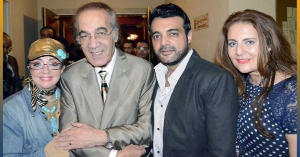 محمود ياسين فاتن حمامة أعطته فرصة البطولة وقصة حب طويلة مع شهيرة وهذه حقيقة خلافه مع عادل إمام