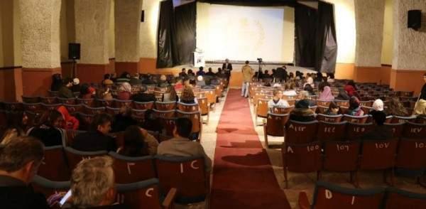 بعد حملته للحفاظ على سينما ستارز التاريخيّة ...مسرح إسطنبولي يخسر الرّهان