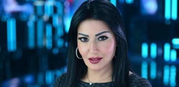 """سمية الخشاب : """"انا كل ما أطلق بحلوّ"""" ولا تستبعد العودة لـ أحمد سعد!-بالفيديو"""