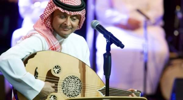 """بالفيديو- عبد المجيد عبد الله يتصدر بعد طرح """"ماكان هذا حب"""""""