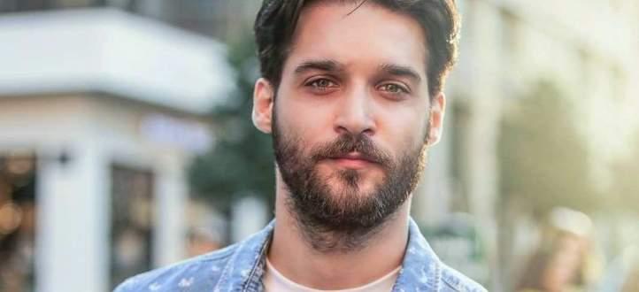 """خاص بالفيديو- فارس ياغي يتكلّم عن شخصيته وعن """"عروس بيروت 2"""" ويرد على إنتقادات وضعه طلاء الأظافر"""