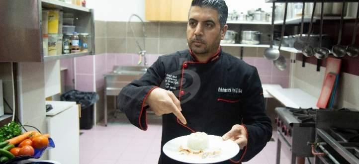 """خاص وبالفيديو- أطيب """"شيش برك"""" مع الشيف محمد عبد المنعم وهذا ما قاله عن العجينة والثوم والكزبرة والسمن البلدي"""