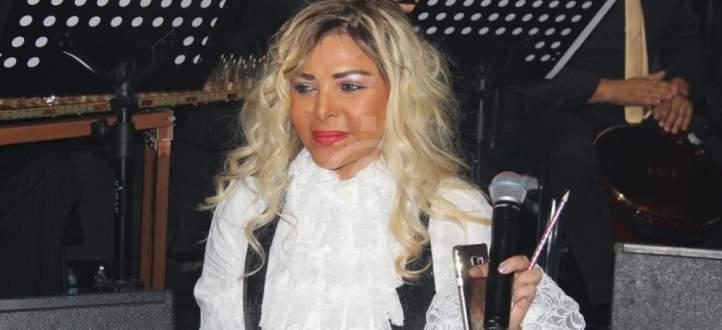 فلة الجزائرية تهاجم منتقديها- بالفيديو