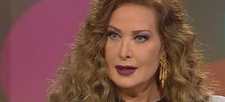 رغدة تنفعل على الهواء بعد الكشف عن حادثة ضربها لهذا الممثل المصري الشهير-بالفيديو