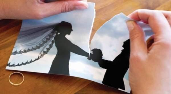 فنانة سعودية تعلن انفصالها عن زوجها- بالفيديو 