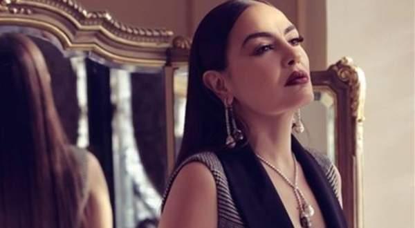 شريهان تباشر تسجيل أغنيات مسرحيتها الجديدة بالتعاون مع فرقة كركلا