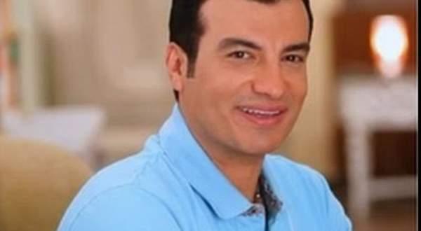 """إيهاب توفيق يطرح اغنية """"الصيف والبحر""""-بالفيديو"""