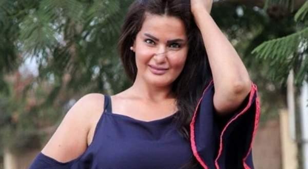 سما المصري تتجول في سوق شعبية متنكرة بالنقاب- بالفيديو