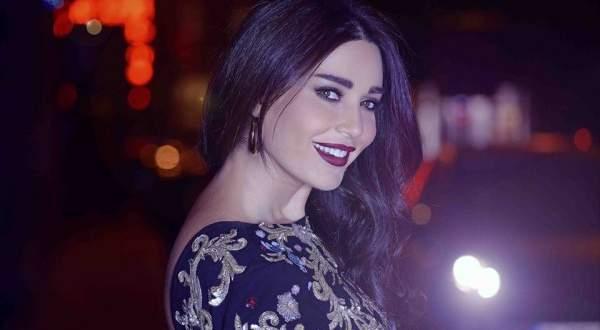 سيرين عبد النور تكشف عن وجه ابنتها والشبه كبير جداً! - بالصورة