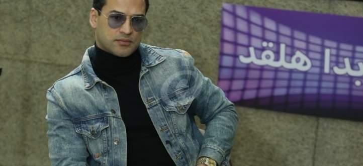 """خاص وبالفيديو- وسام حنا :""""أرادوا قتلي فتم تشويهي"""" وهذا ما كشفه عن ناصيف زيتون ونادين الراسي وعادل كرم"""