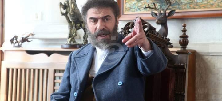 خاص بالفيديو- رشيد عساف: ليس لي علاقة بمكسيم خليل فأنا مع سوريا