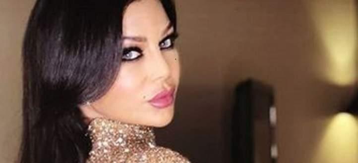 بالفيديو- إعلامي مصري يُشيد بهيفا وهبي ويدعو الفنانين للاقتداء بها