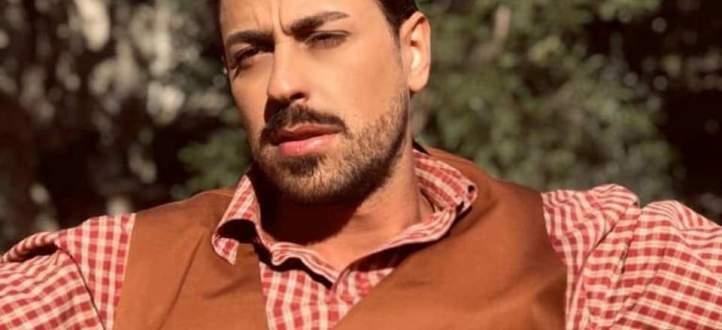 """أنور نور يغني للثورة """"عاش لبنان"""" -بالفيديو"""