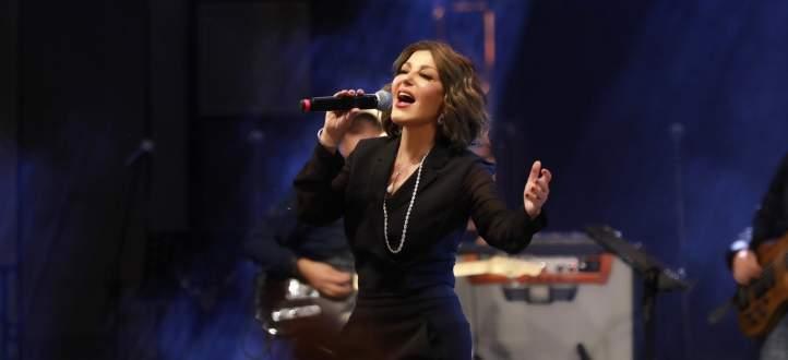 """سميرة سعيد تطرح """"واقع مجنون""""-بالفيديو"""