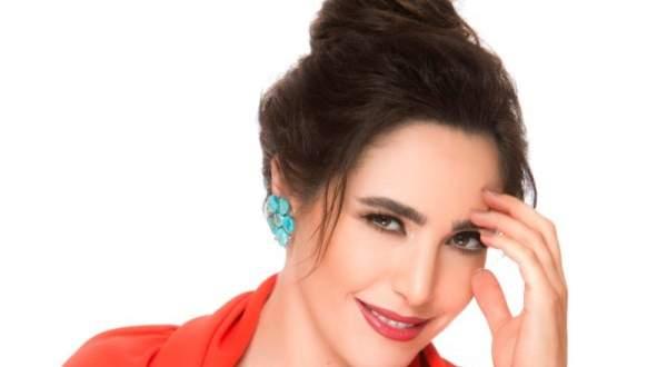 """عبير نعمة تطلق أغنيتها الجديدة """"تلفنتلّك""""-بالفيديو"""
