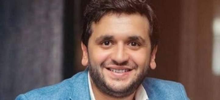 مصطفى خاطر يقلّد عمرو دياب.. بالفيديو