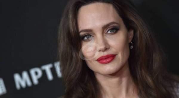 أنجلينا جولي تتمنى على الناس التواصل رغم العزل الذاتي-بالفيديو