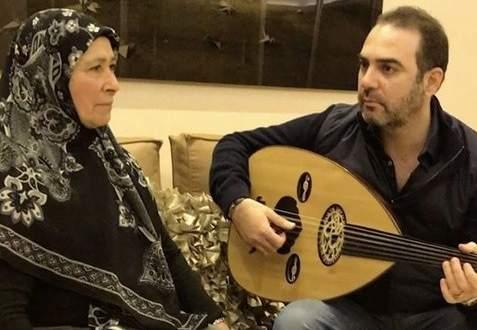 """بالفيديو - وائل جسار يغني لوالدته """"ست الحبايب"""" في عيد الأم"""