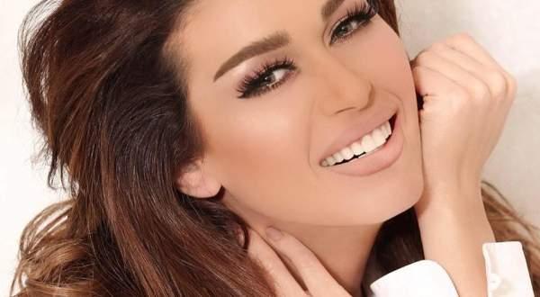 بالفيديو - نادين الراسي تستعرض موهبة ابنها الغنائية